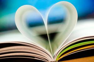 Читајте книги бидејќи...