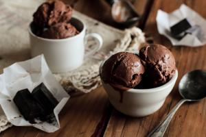 Чоколаден сладолед ммм...