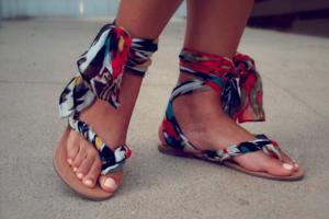 Како да направете модерни сандали за 5 минути