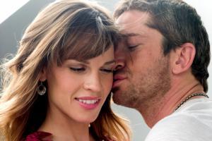 """""""P. S. I love you"""" – потресна драма за животот на млад брачен пар"""