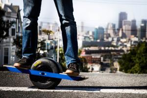 Електричен скејтбоард – новата светска атракција