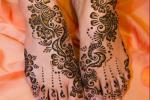 Традиционалната  Hena уметност – Mehndi