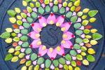 """""""Данмала"""" цветни кругови од Кети Клајн"""