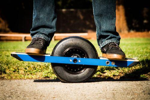Elektricen skejtboard