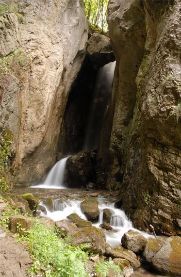 Водопадот Дуф во село Ростуше – рај за очите, Vodopadot Duf vo selo Rostuse raj za ocite