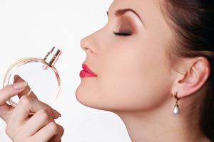 Направете домашен парфем по ваша желба