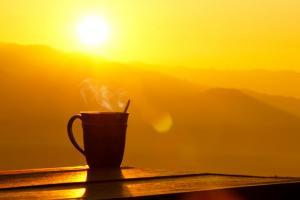 Првите утрински сончеви зраци помагаат во намалување на тежината