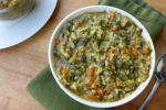 Спанаќ со интегрален ориз и семки од тиква и сончоглед